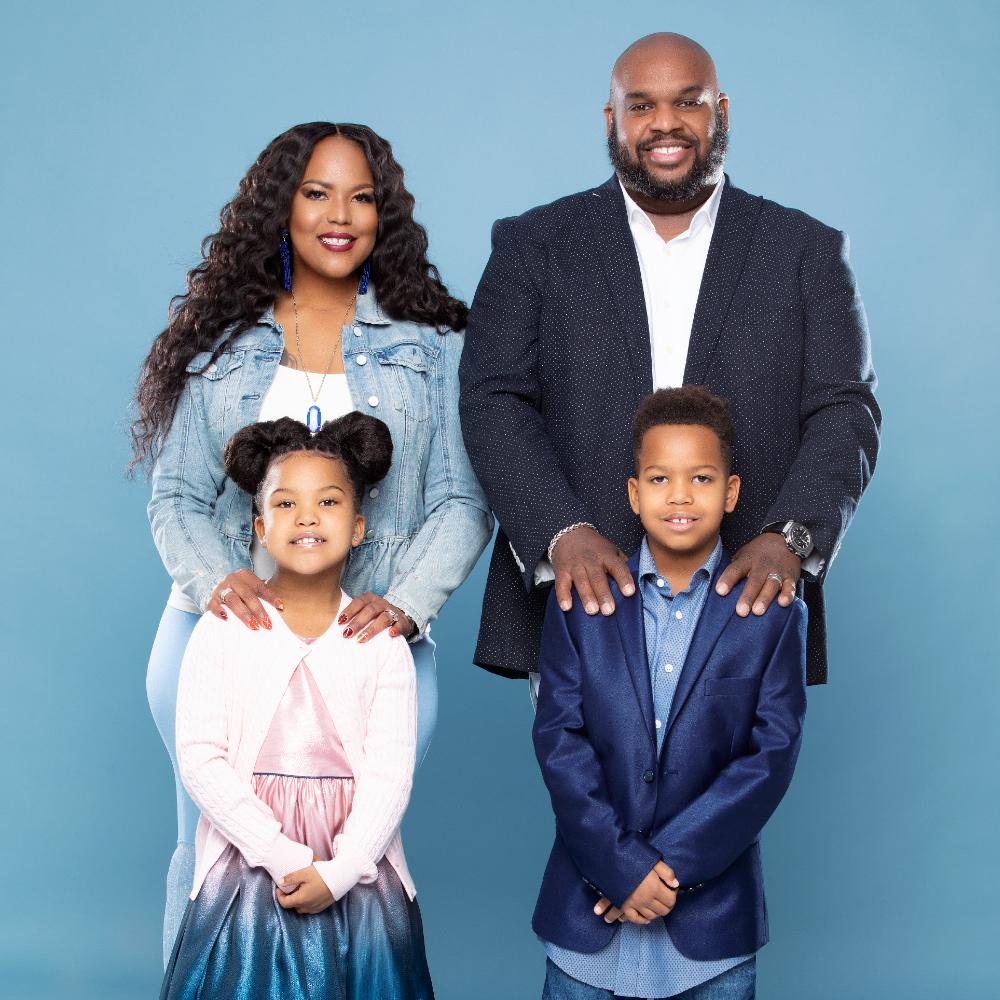 Pastor John & Aventer Family